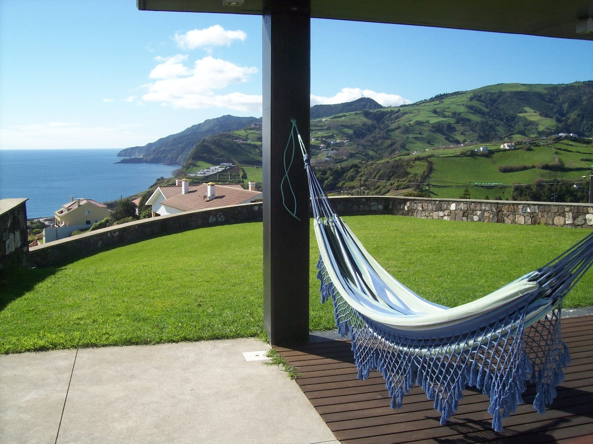 B&B: Comfort on the Azores paradise