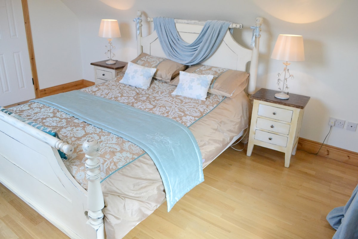 Luxury bed linen and furnishings.
