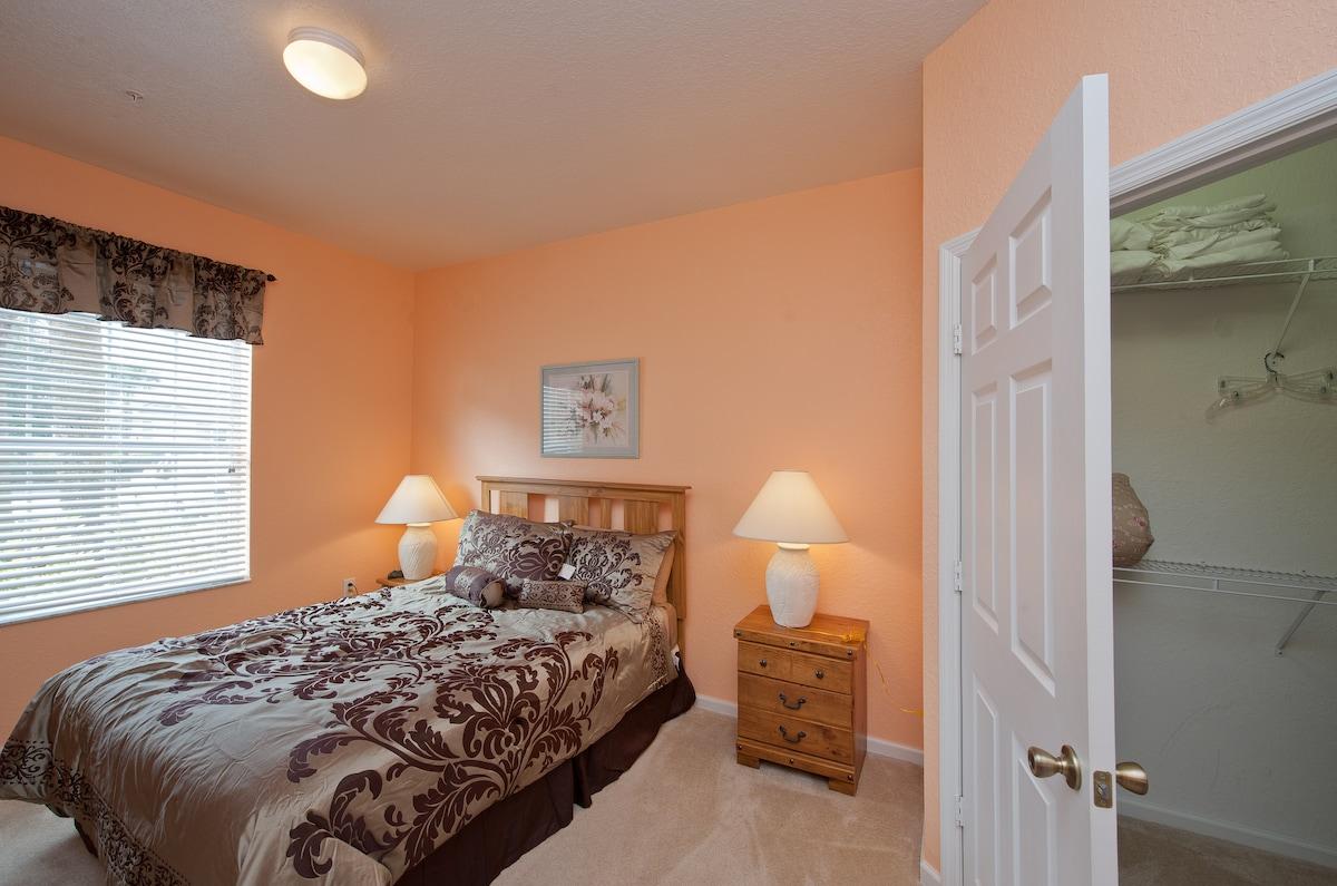 3 bedroom Condo in 5 star resort$75