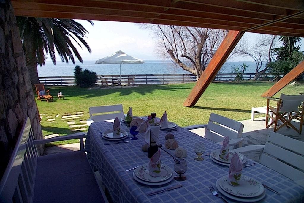 Villa Eretria with private beach