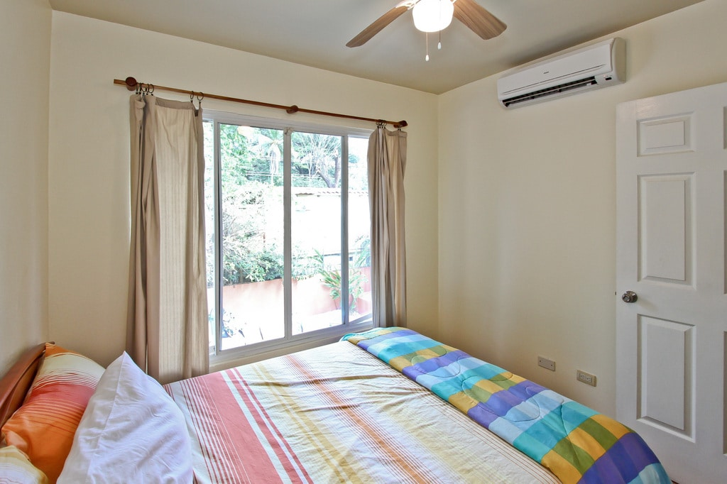 Second Bedroom with Full size bed