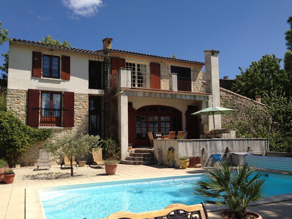 La Remise - villa with pool & view