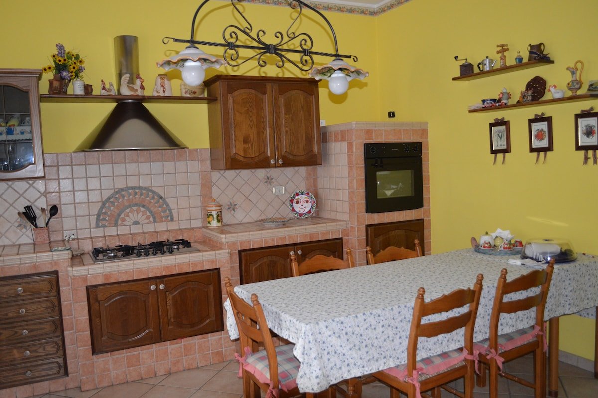 2 bedrooms flat in Aci San Filippo