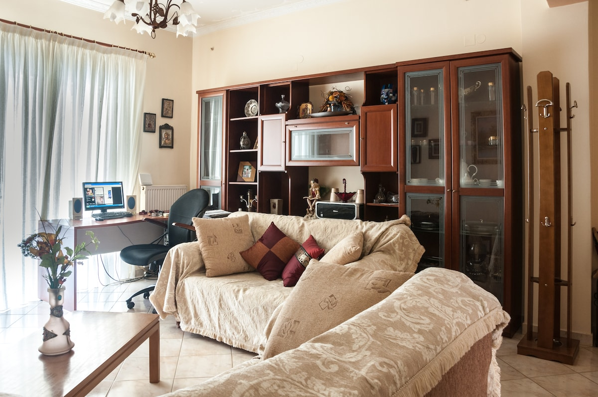 Cozy Flat in Ancient Olympia Area