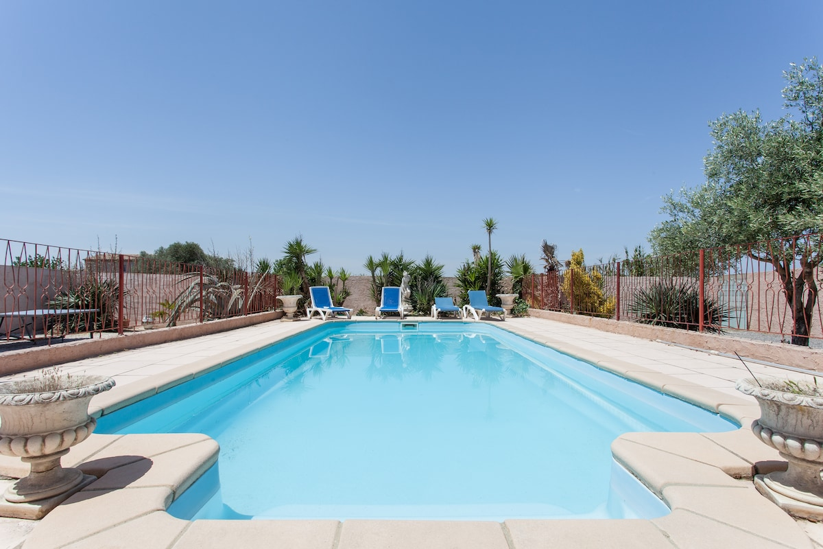 Villa 4bd Swimpool - 15min to beach