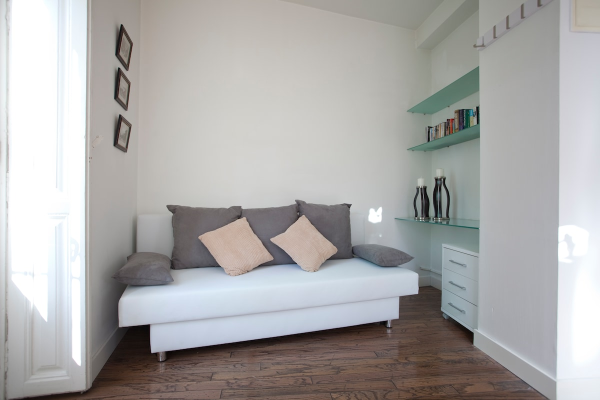 Chill out area/ sofa bed