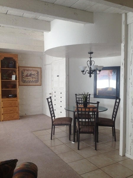 Great 4 Guest Apt in Tucson PV2