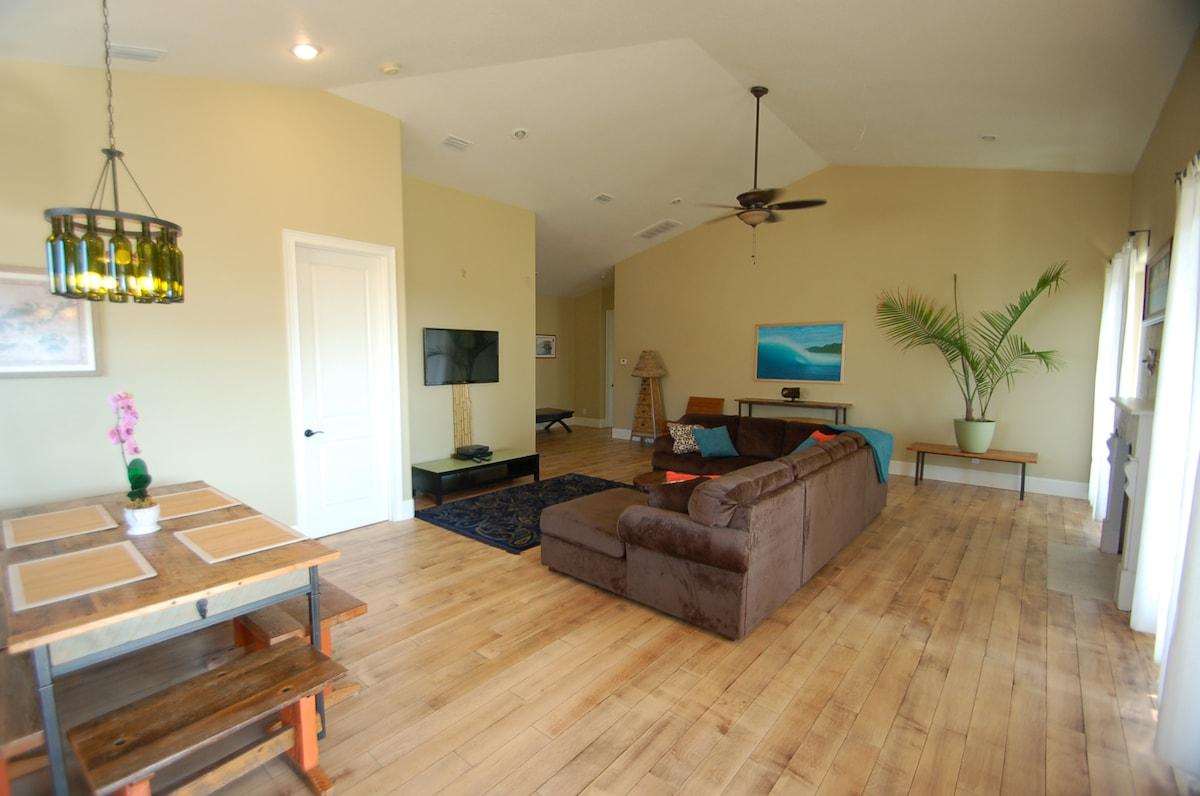 Luxury Beach House & Tropical Pool