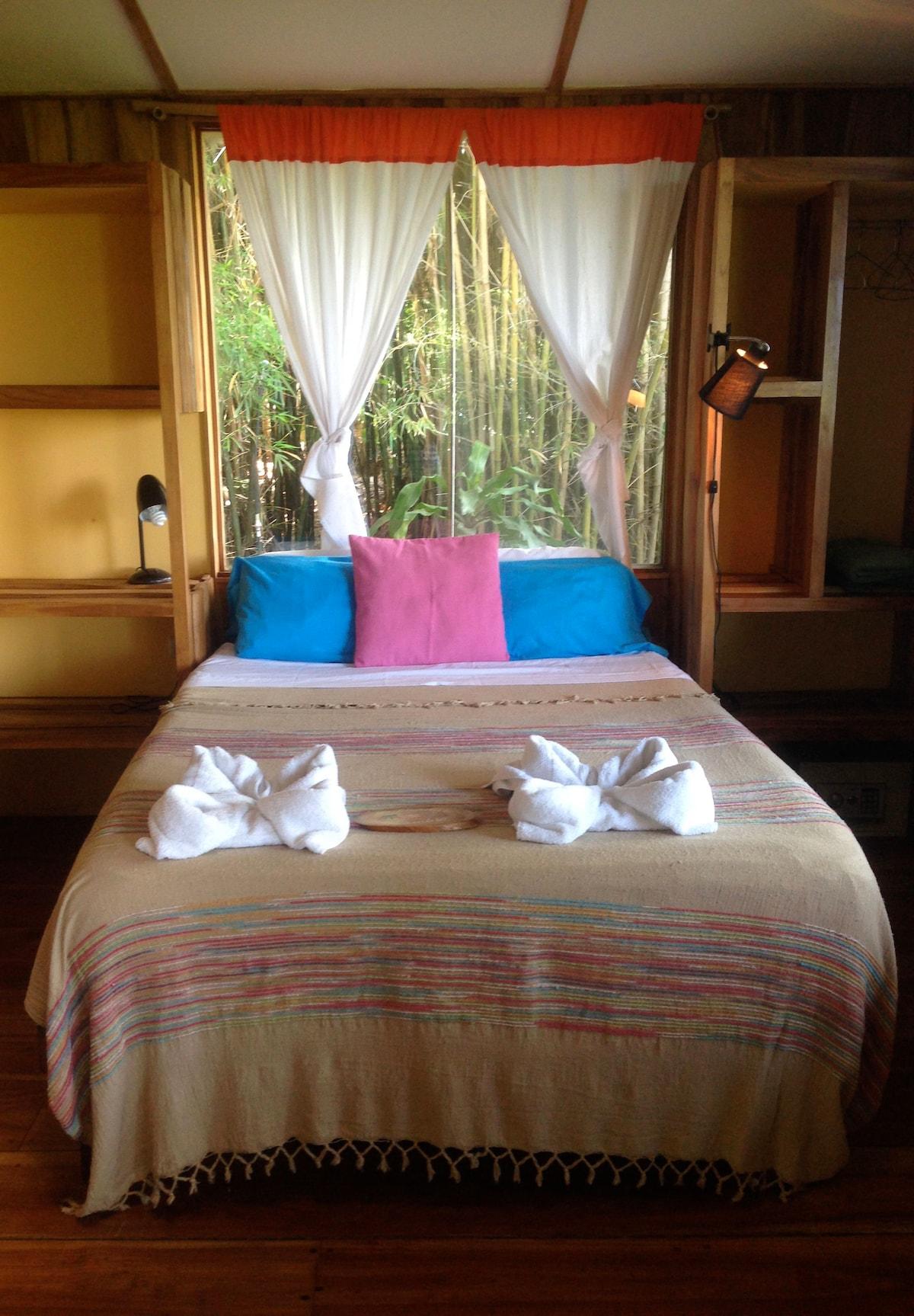 Bamboo Bungalow bedroom