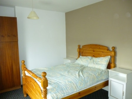 Large Double Bedroom with guest  Desk