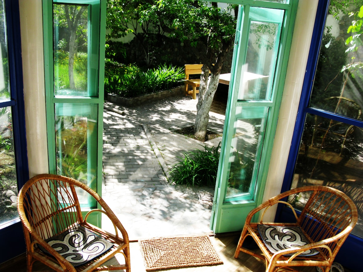 Entrance to garden from the lounge