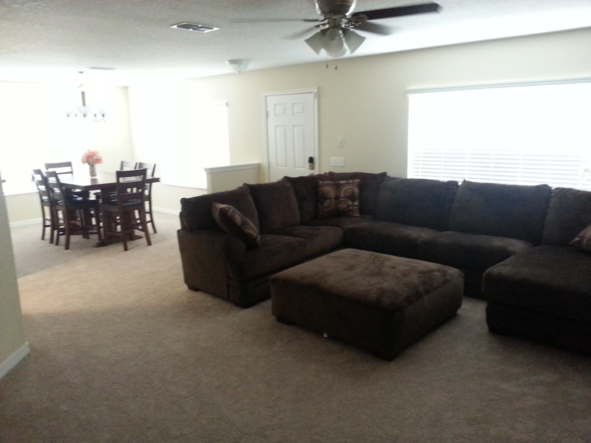 3 bed 2.5 bath townhome/central FL