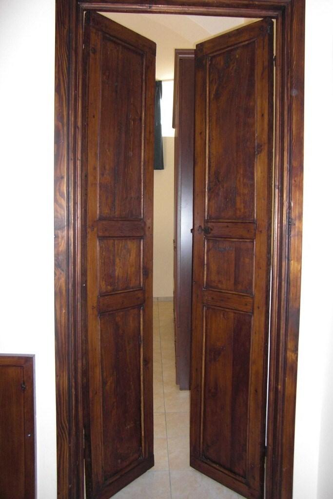 porte originali d'epoca in legno massello