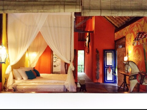 Cozy Bali Room in the Mountains!