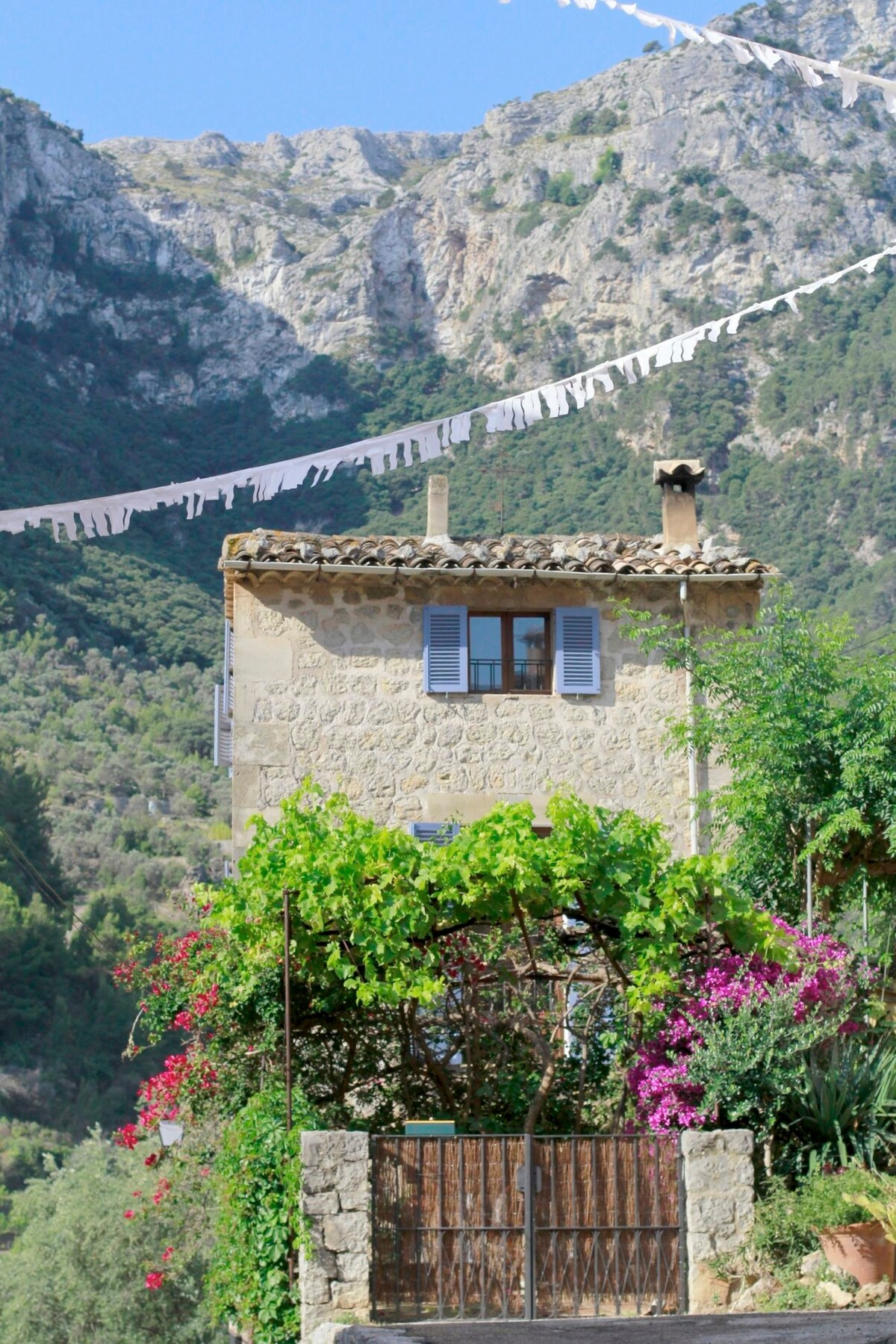 Historic house in the heart of Deià