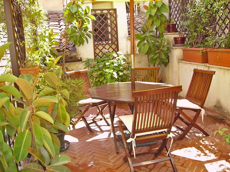 terrace Navona apartment in Rome