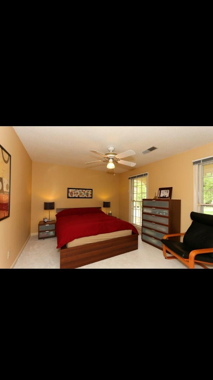 Private Room w/ Big House Amenities