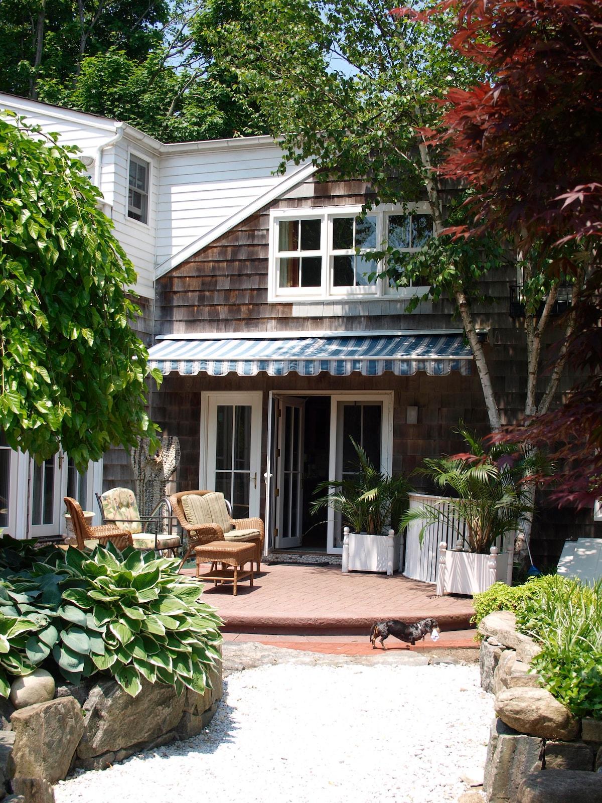 2 Bedroom Lux Suite in Sag Harbor