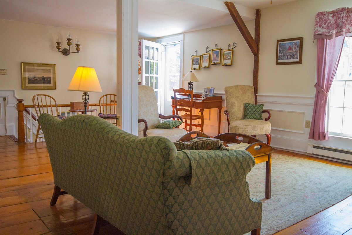 Private room in b&b with breakfast