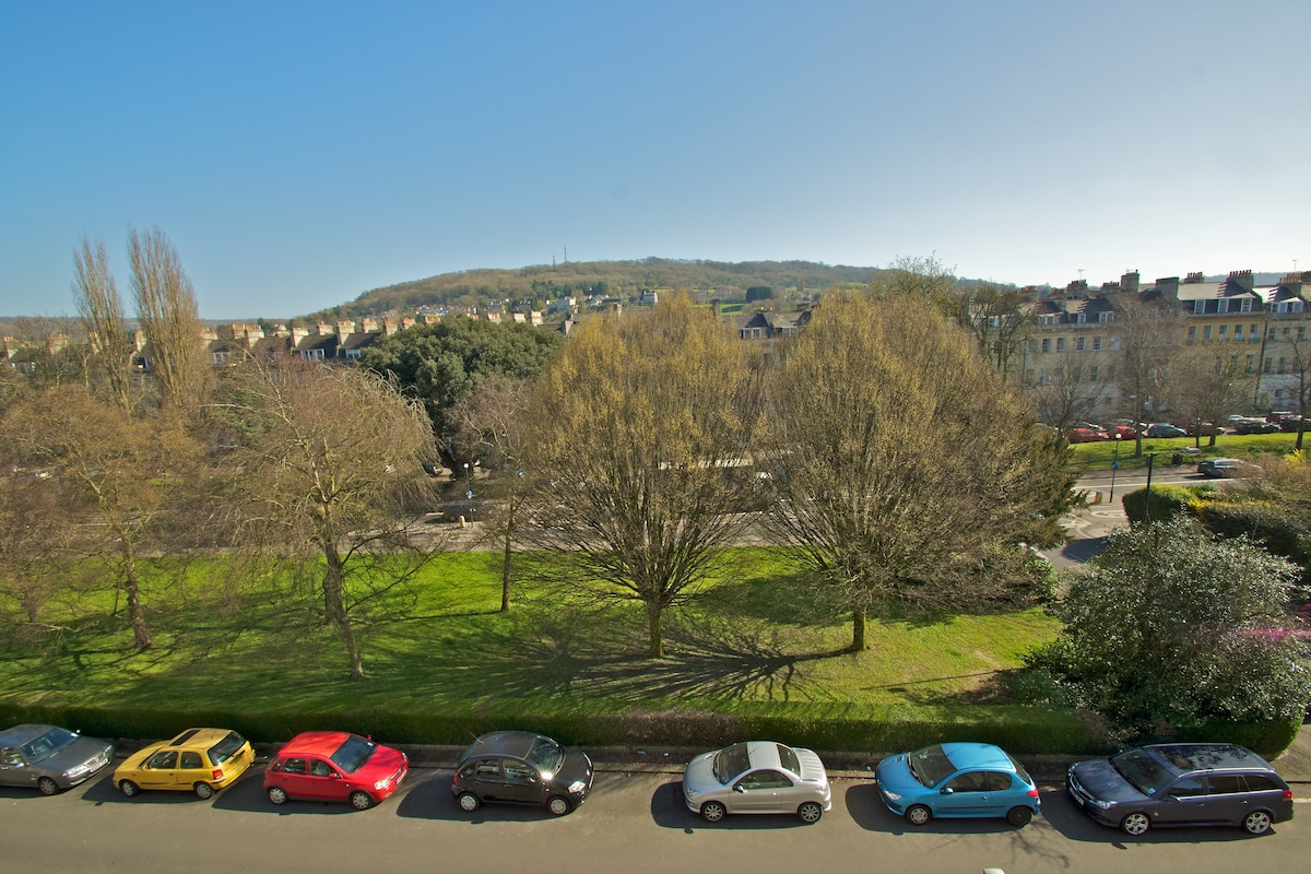 View from Front Bedroom, toward Bath University, showing free on-street parking