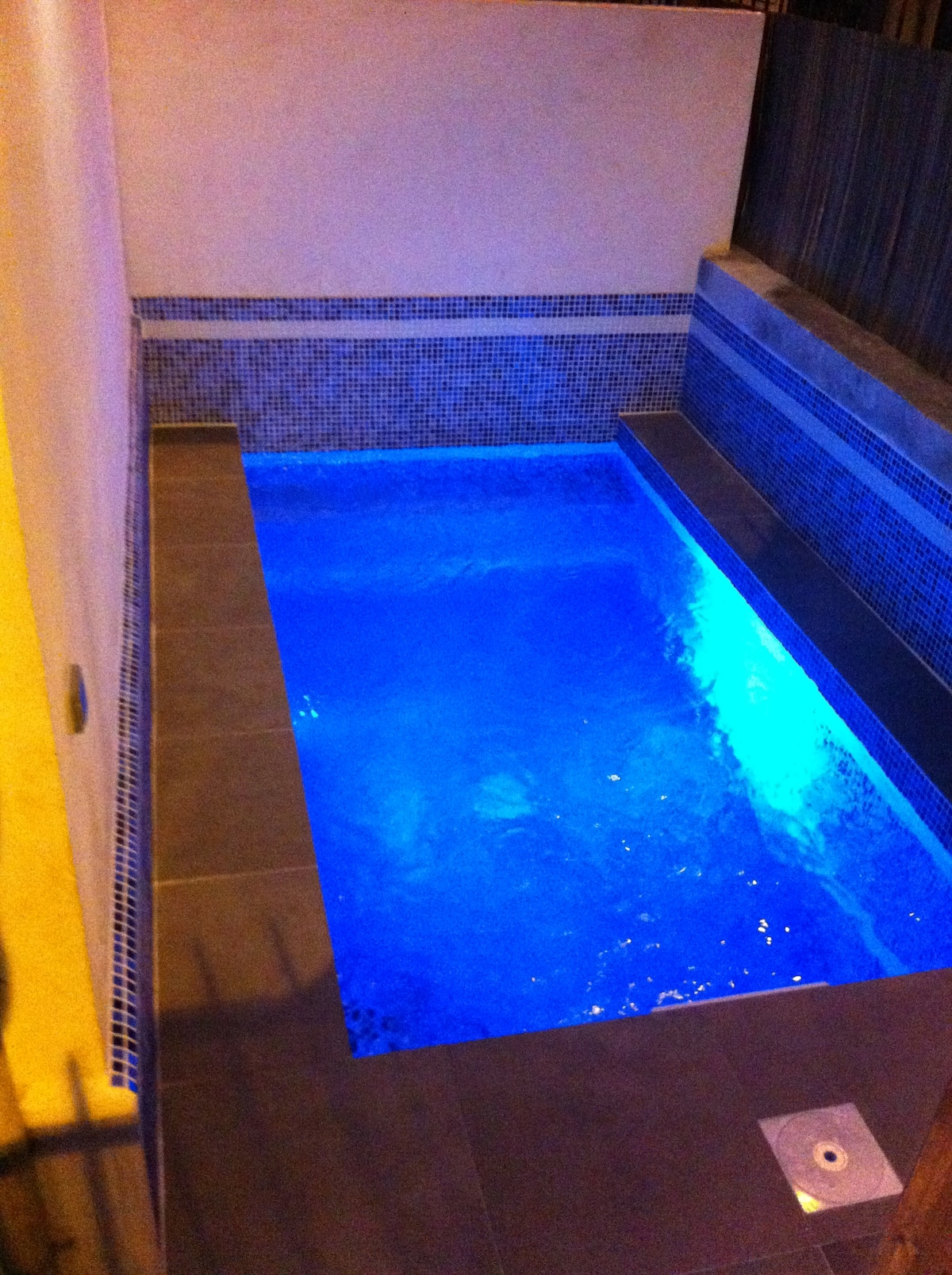2 bed Townhouse with Private Pool!