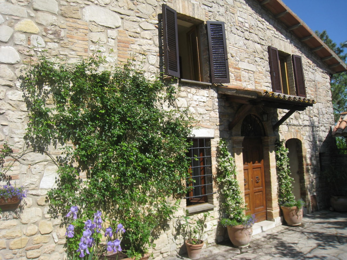 18th C. Stone House near Todi