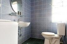 Te bathroom in the XL suite...*_*...