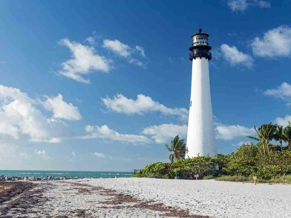 Charming 2 bed apt in Key Biscayne