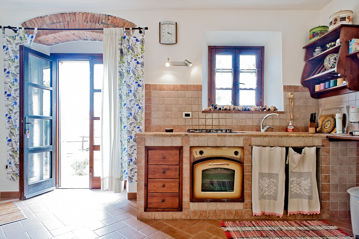 Great Flat on Etruscan's Hills