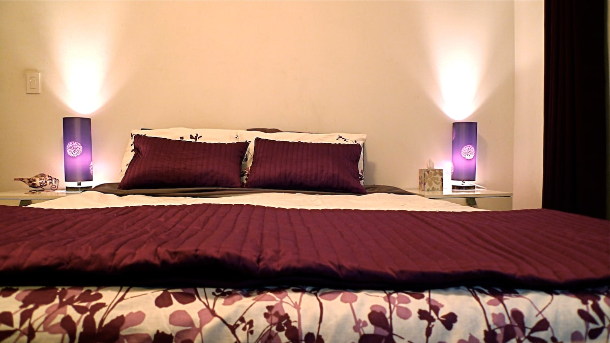 Master Bedroom - bed with night stands