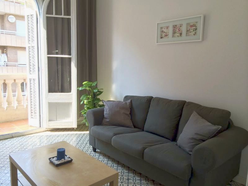 Cozy and cheap room in central area