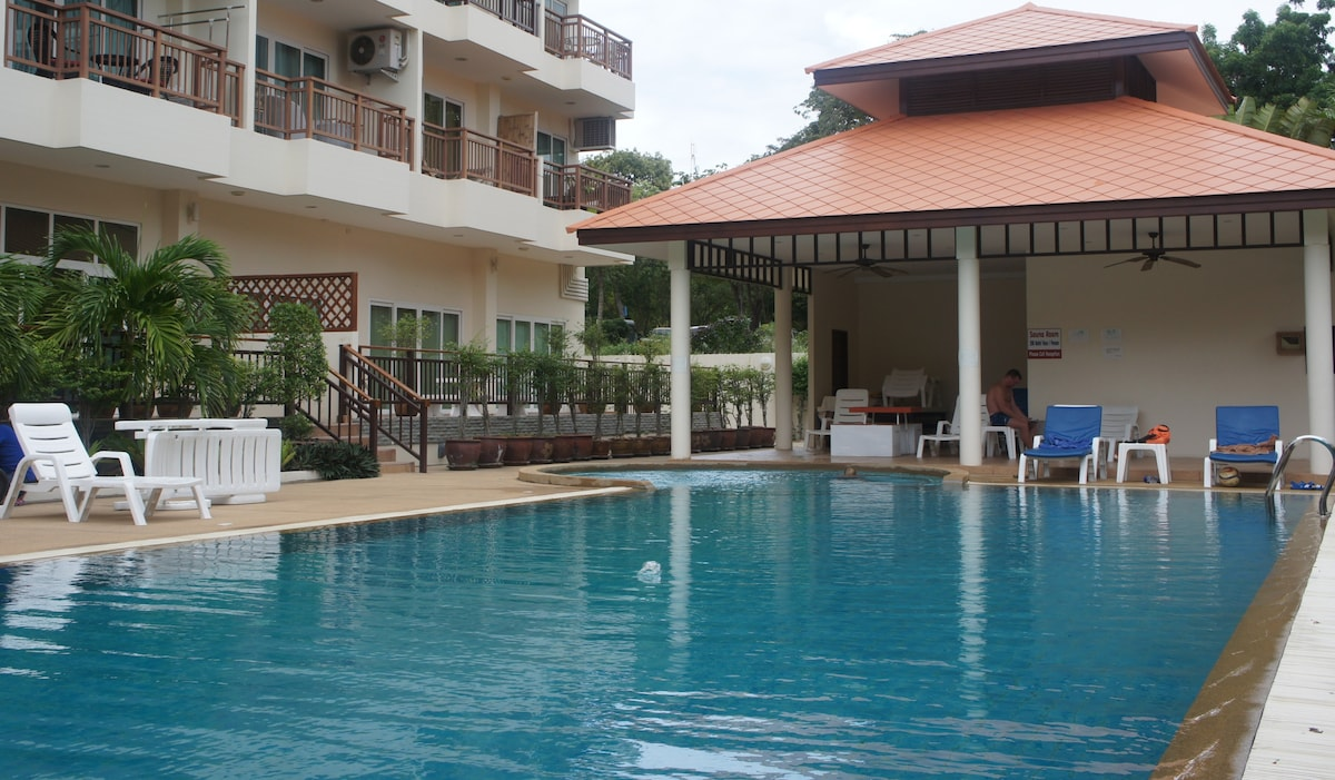 Come and enjoy the EP Serviced Apartment Pool.
