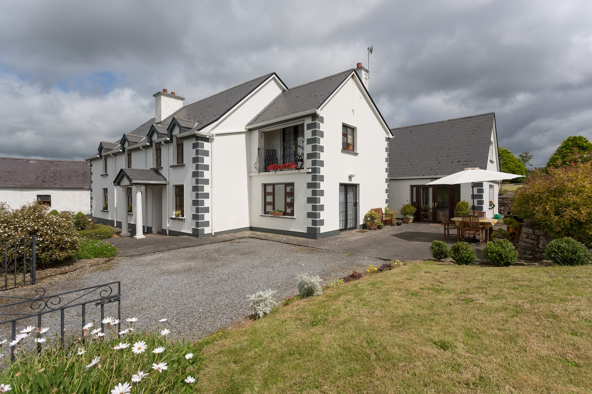 LAKESIDE HAVEN NEAR SHANNON AIRPORT
