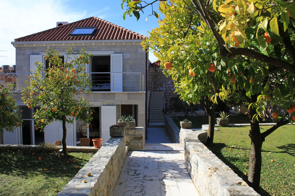 apartment for 2+2 pax in Cavtat