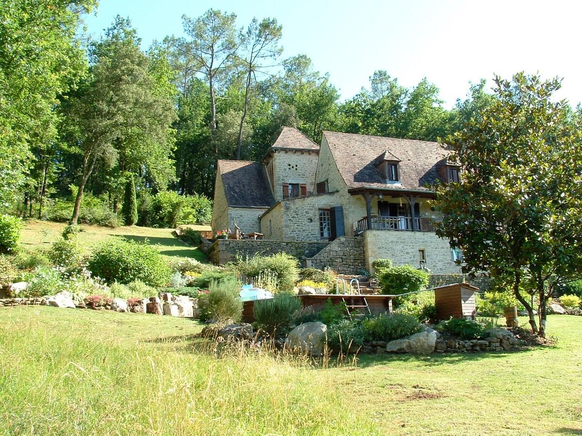 La Baraque old Farmhouse S W France