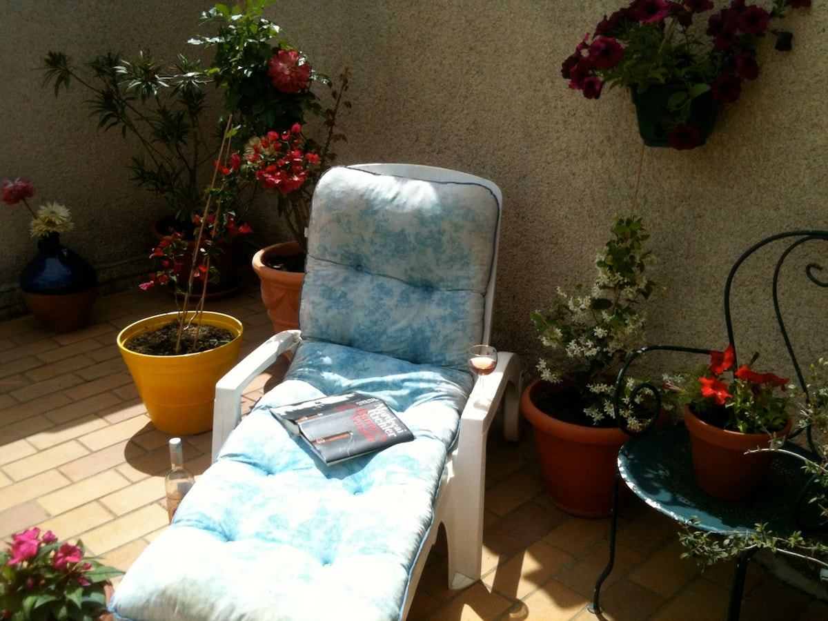 Favourite reading spot on the roof terrace