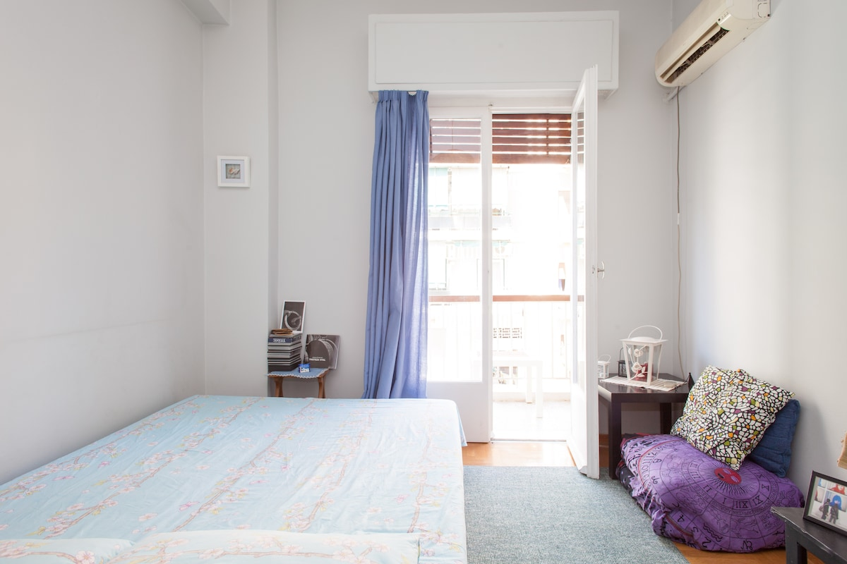 A little quiet room - Athens(Wi-Fi)