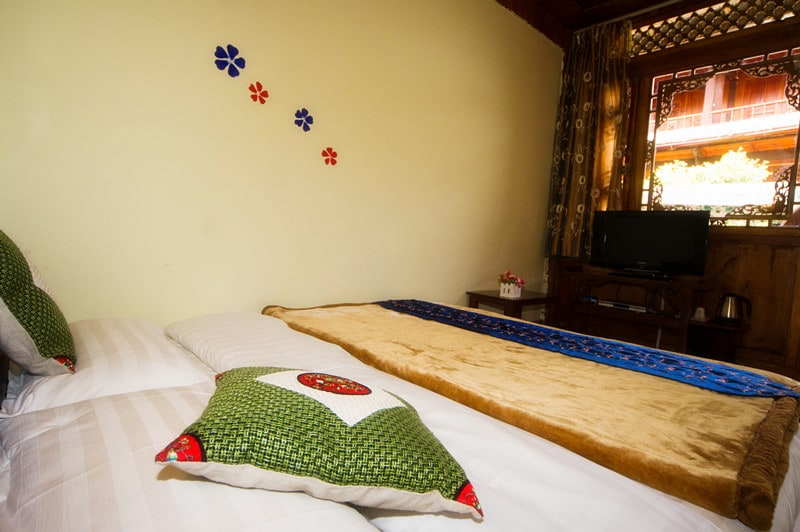 106# One bigger bed with 1.8m in width