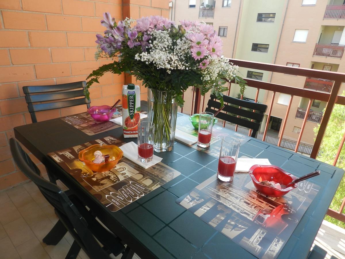 -Terrazzo del salotto -Terrace of the living room