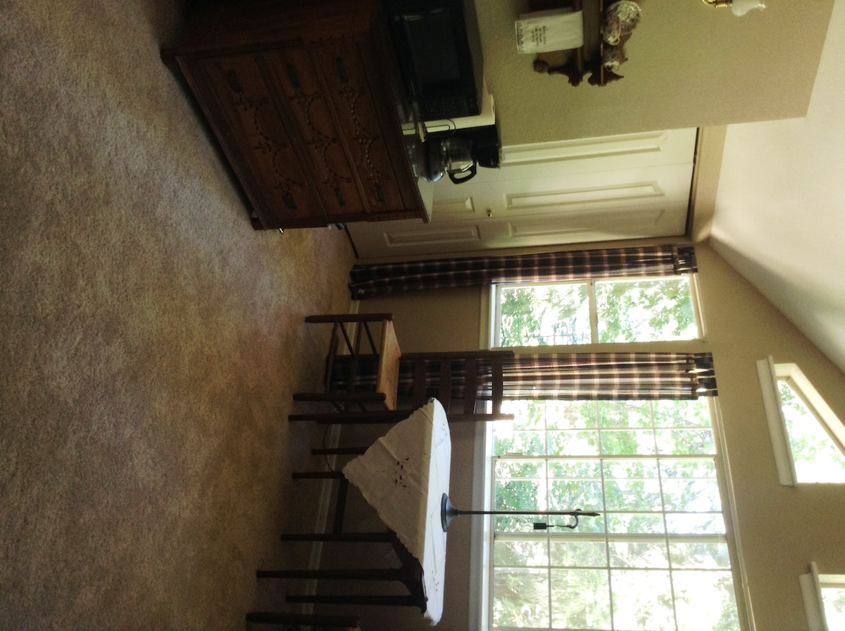 Upstairs bedroom continued