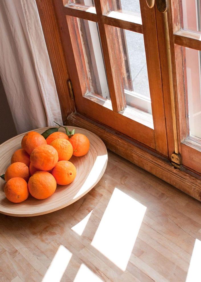 Sunny attic flat with lots of charm in a great area - atico con mucho encanto en el centro de Madrid