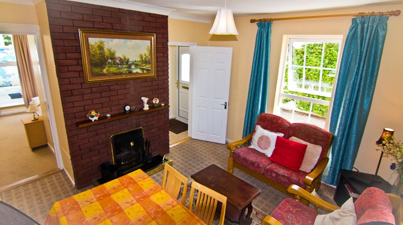 Sitting room which is bright and cheerful