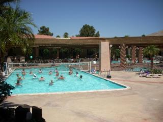 Beautiful 2BD 2BA at a Resort!
