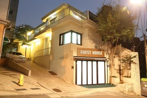 Seoul Myeongdong Stay -twin room