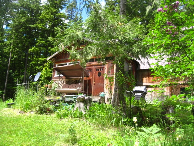 Secluded Cozy Log Cabin-Lake Nearby