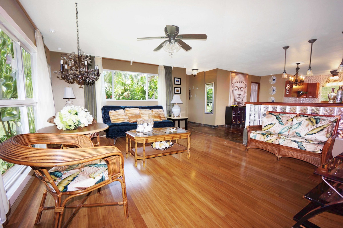 Tropical feeling open layout, bamboo floor and new island style furniture.