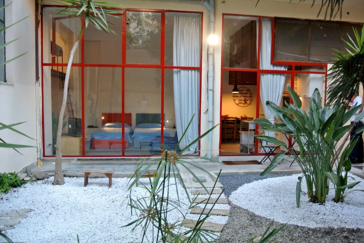 Loft with garden center of Reggio