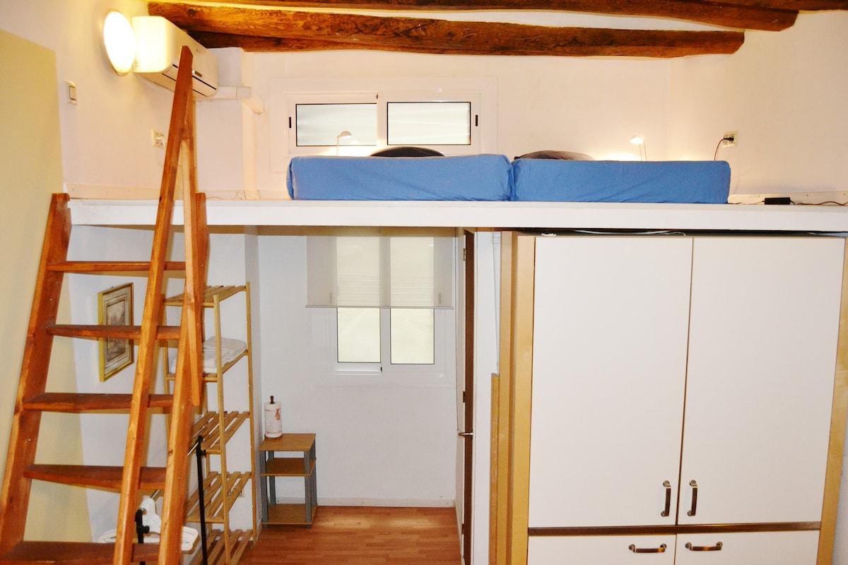 One unit apartment !