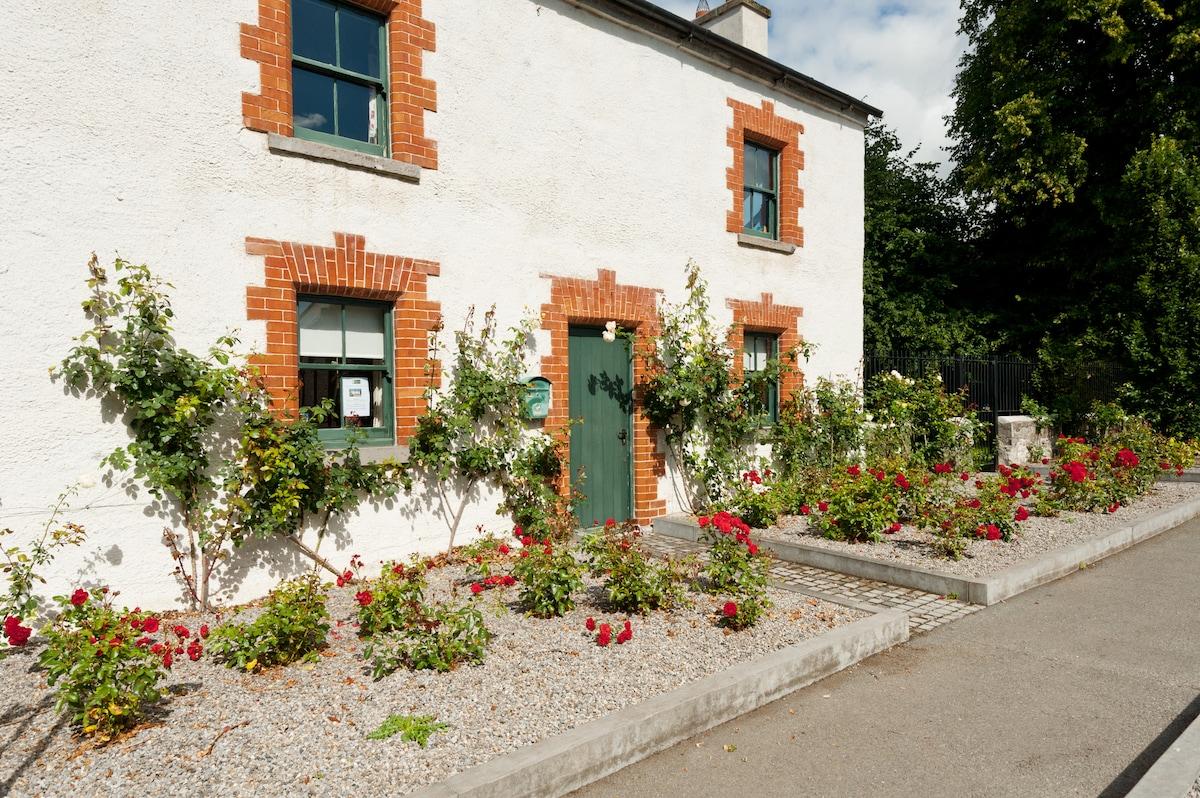 Castletown Gate House