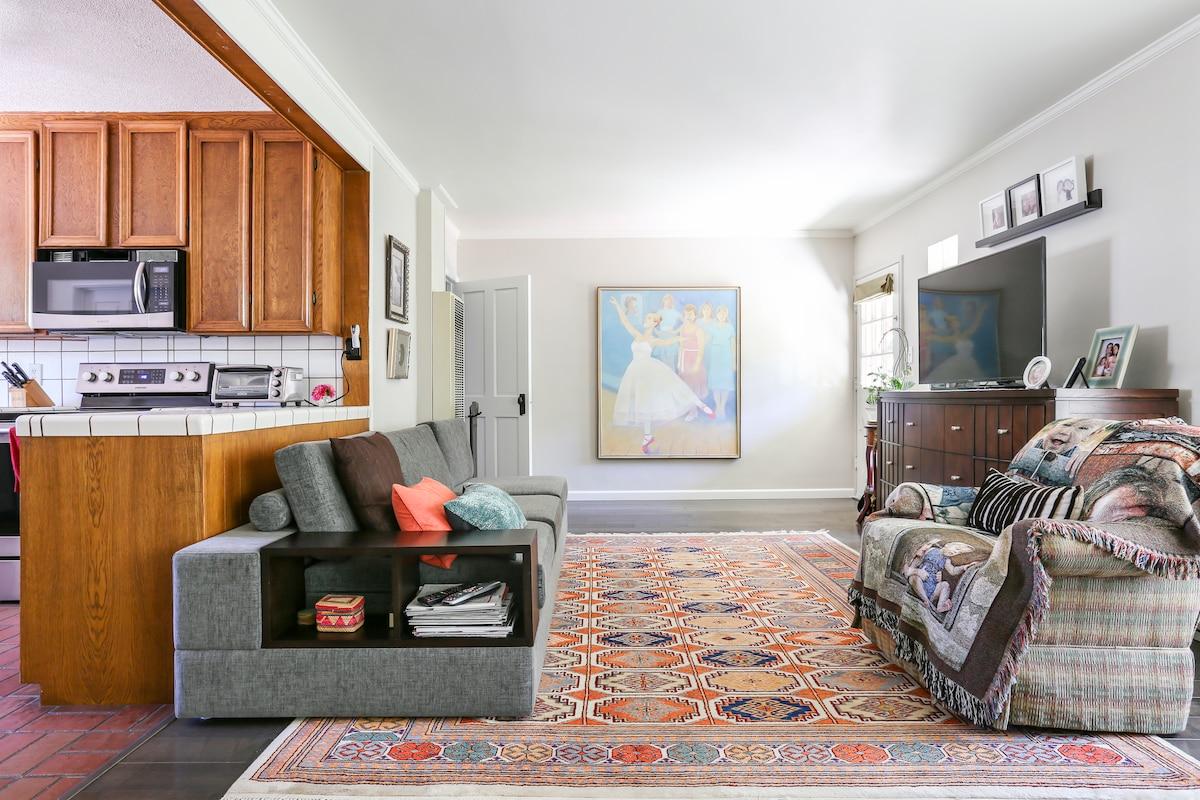Cute cottage room, Menlo & Stanford
